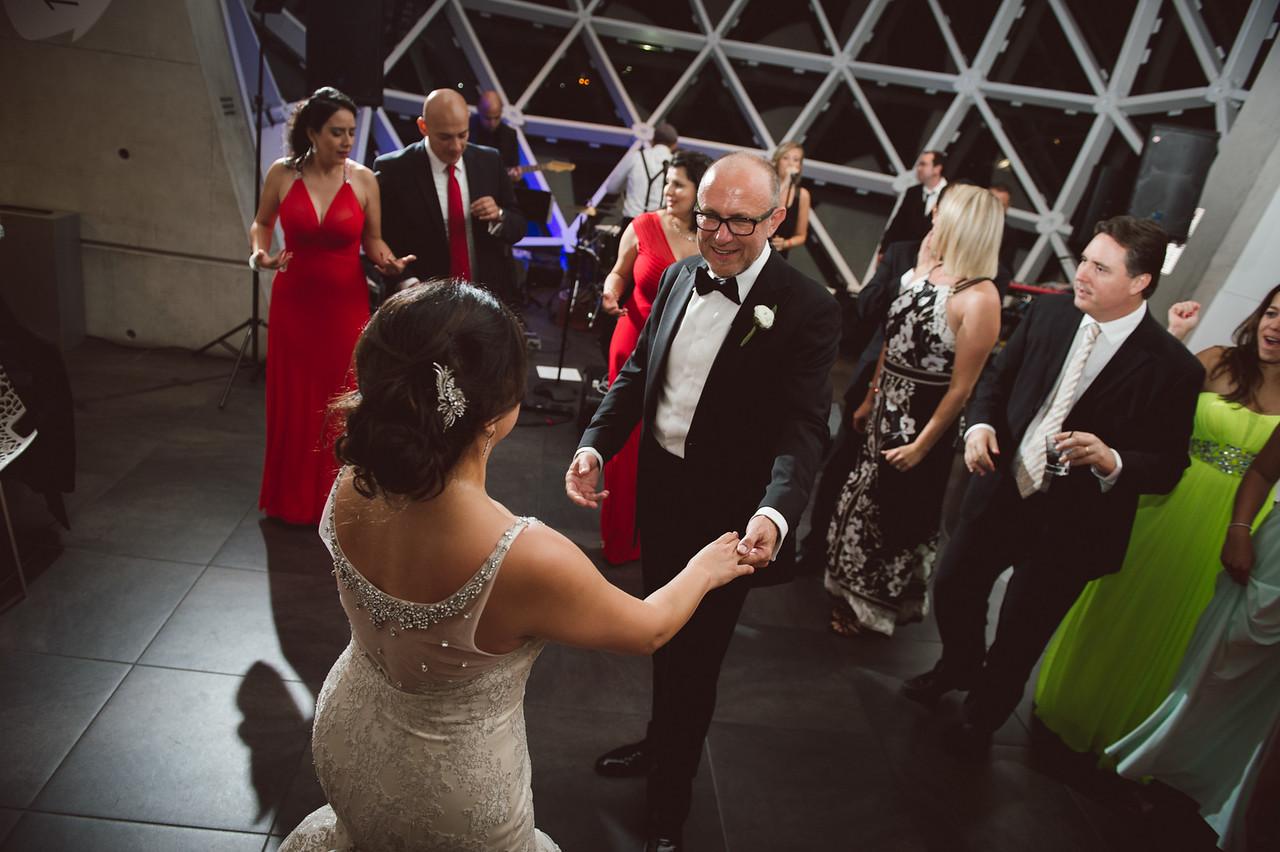 2016-0606-dali-wedding-photographer-2048x-1089