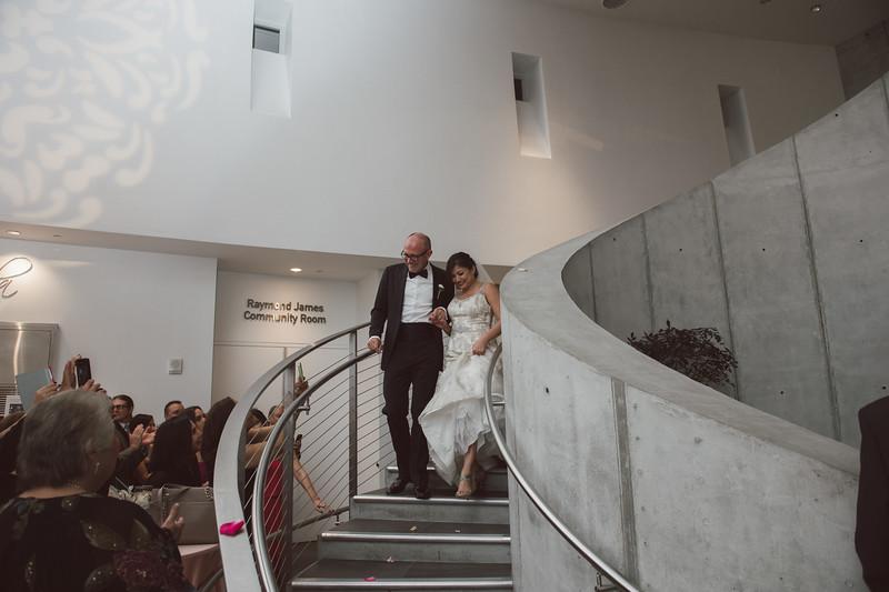 2016-0606-dali-wedding-photographer-2048x-805
