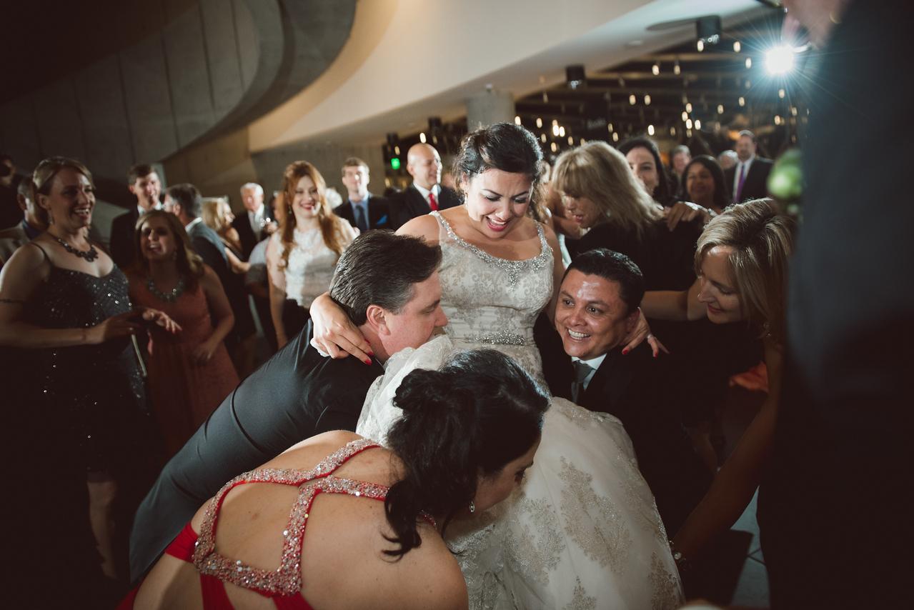 2016-0606-dali-wedding-photographer-2048x-1169