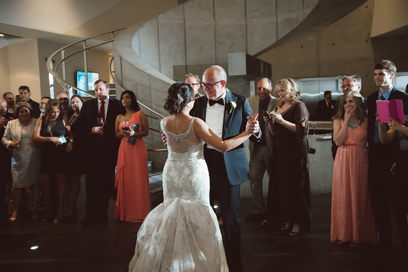 2016-0606-dali-wedding-photographer-2048x-986