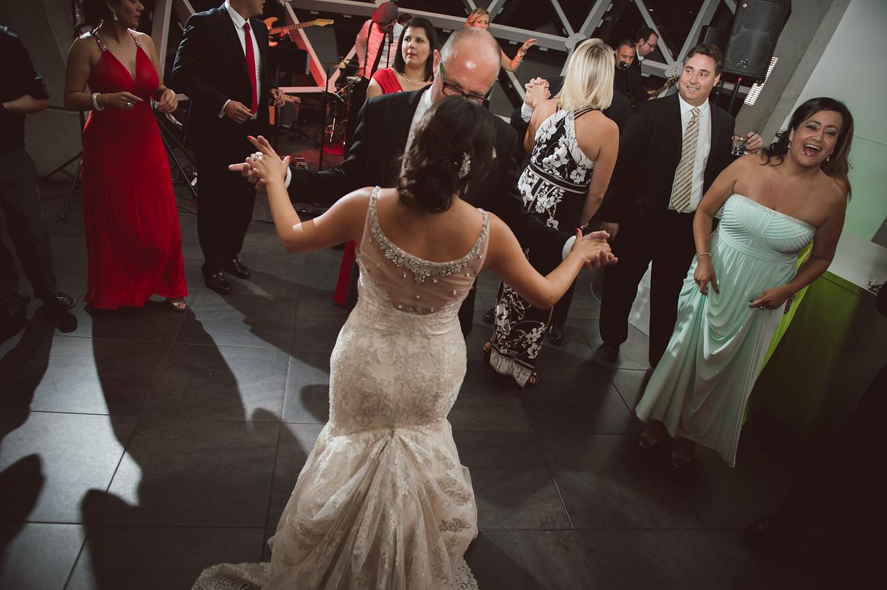 2016-0606-dali-wedding-photographer-2048x-1087