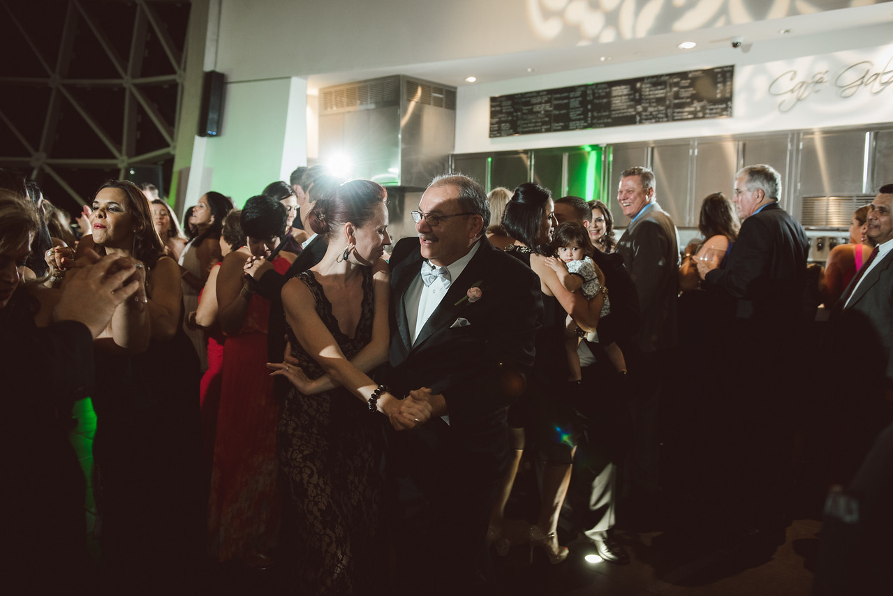 2016-0606-dali-wedding-photographer-2048x-1229