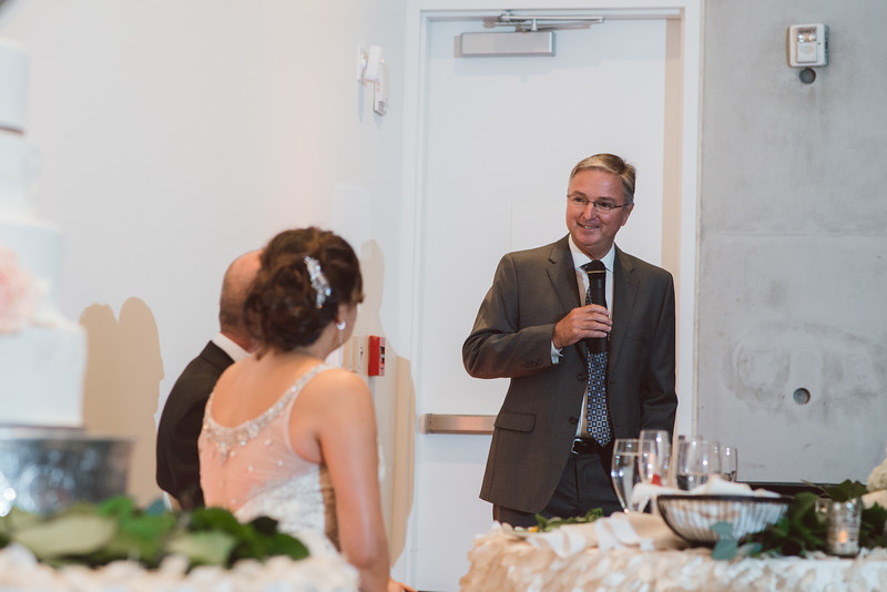 2016-0606-dali-wedding-photographer-2048x-889