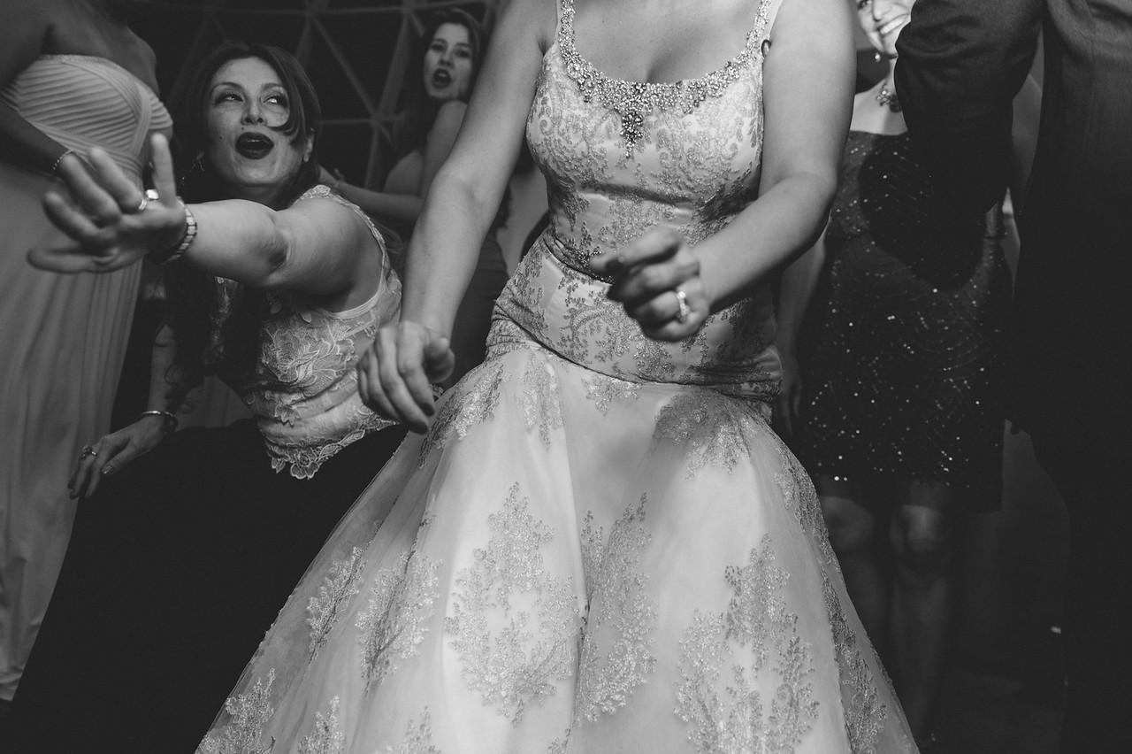 2016-0606-dali-wedding-photographer-2048x-1101