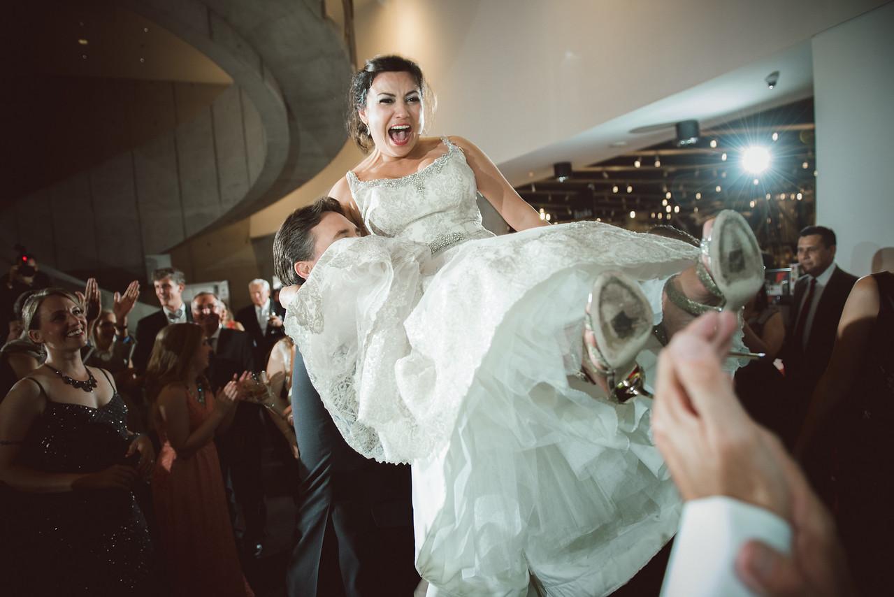 2016-0606-dali-wedding-photographer-2048x-1171