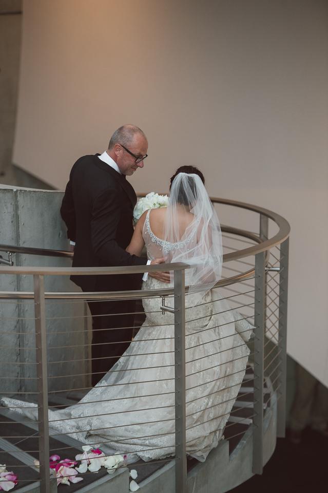 2016-0606-dali-wedding-photographer-2048x-658