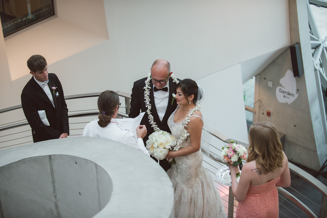 2016-0606-dali-wedding-photographer-2048x-604