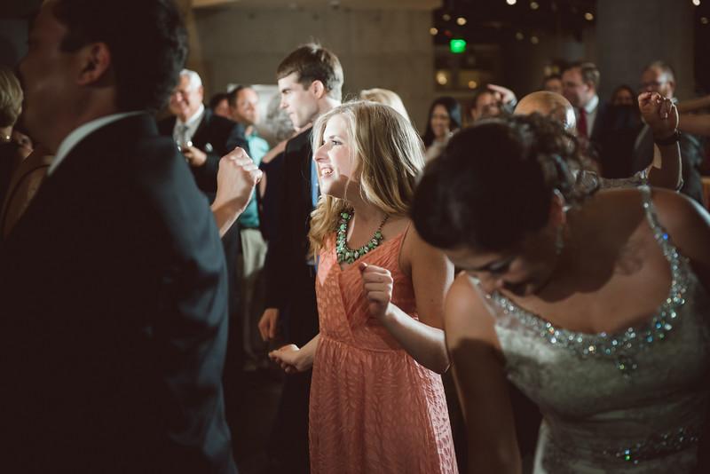 2016-0606-dali-wedding-photographer-2048x-1186