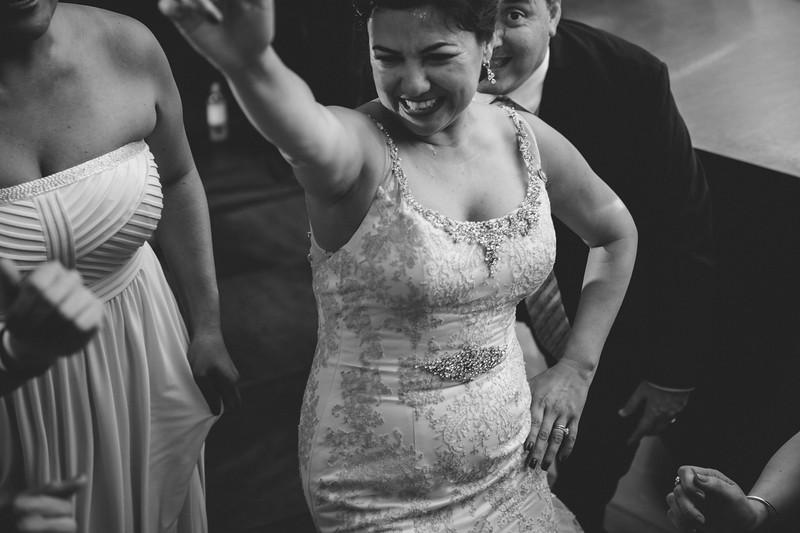 2016-0606-dali-wedding-photographer-2048x-1117