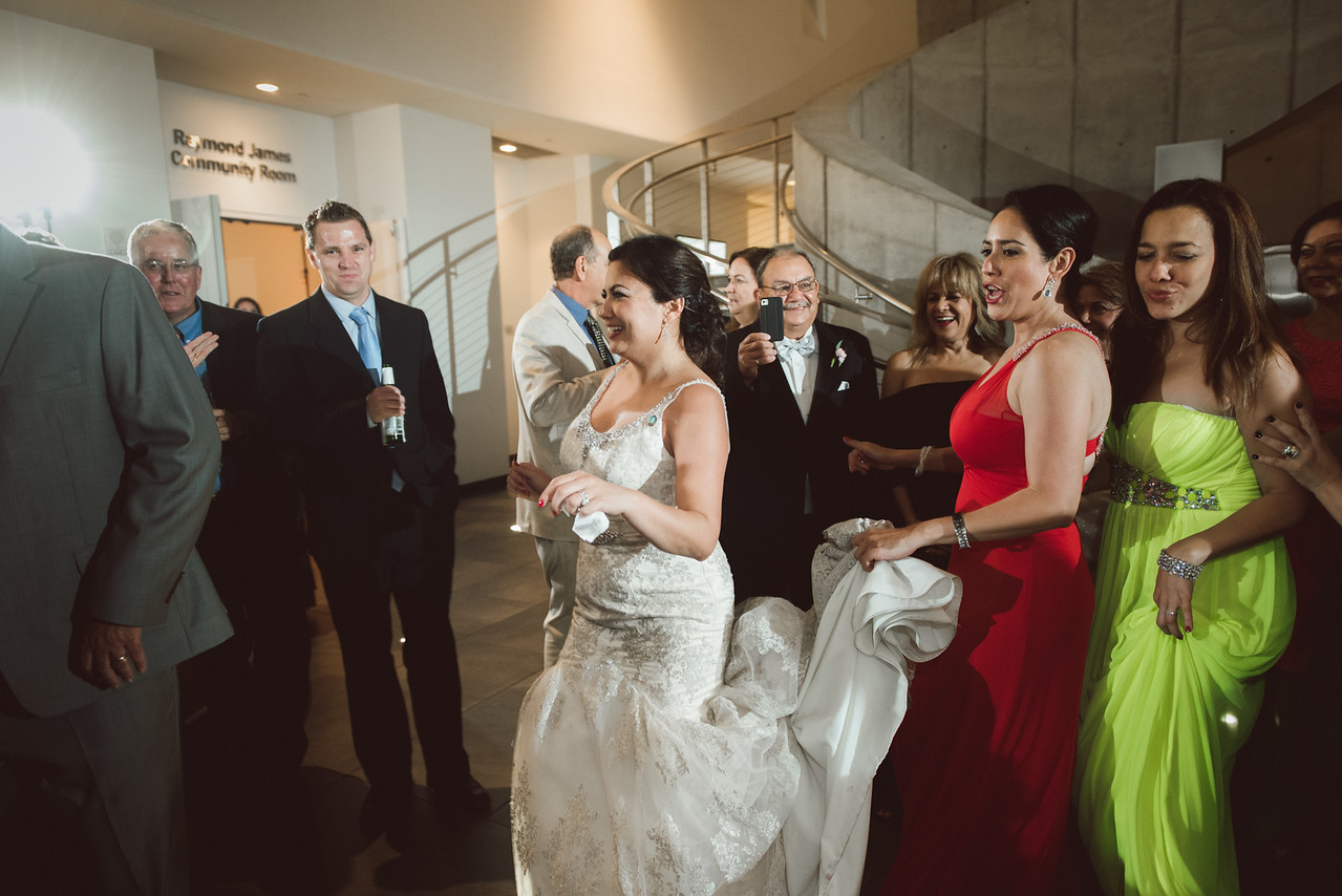 2016-0606-dali-wedding-photographer-2048x-1208