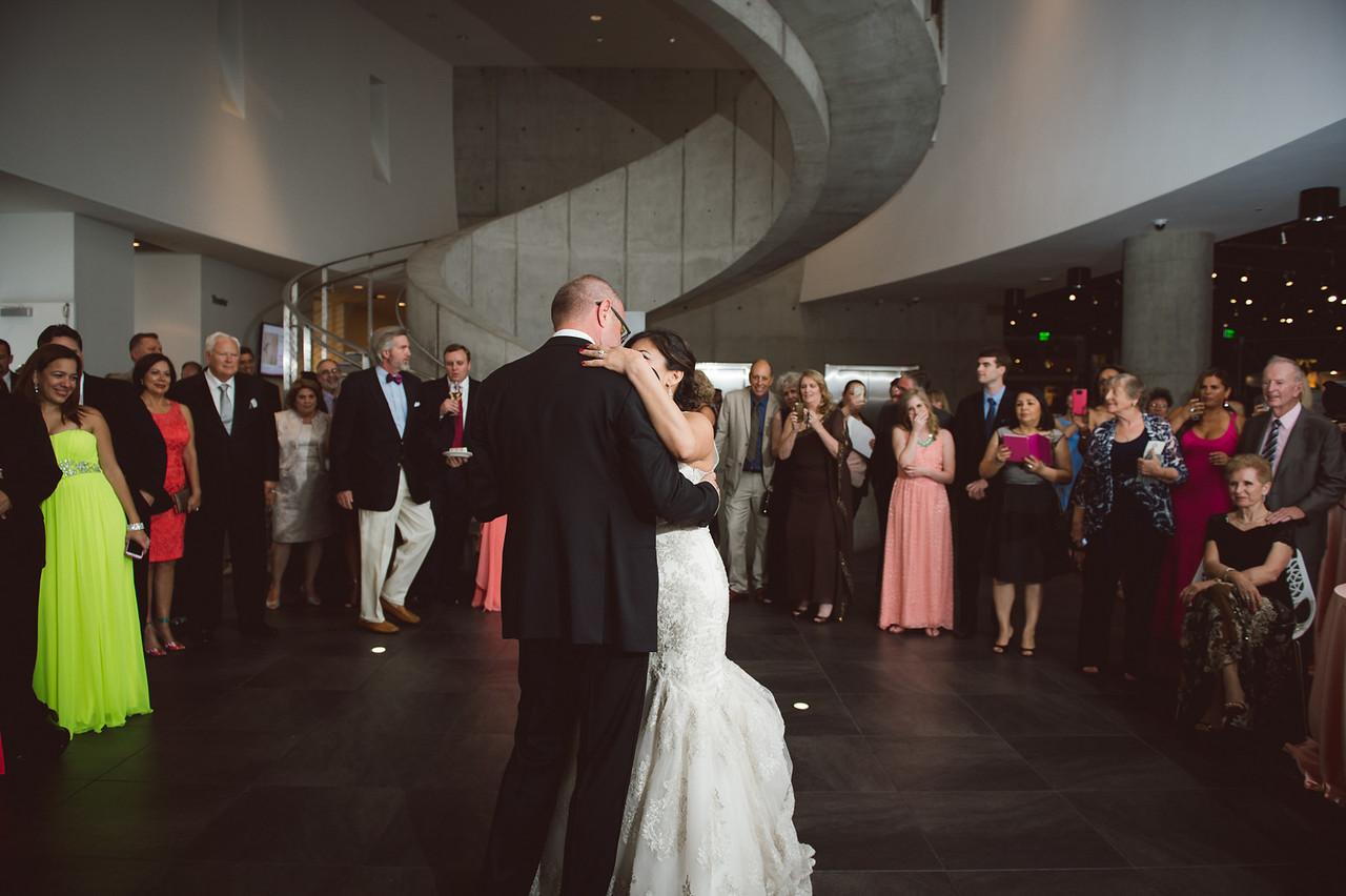 2016-0606-dali-wedding-photographer-2048x-978