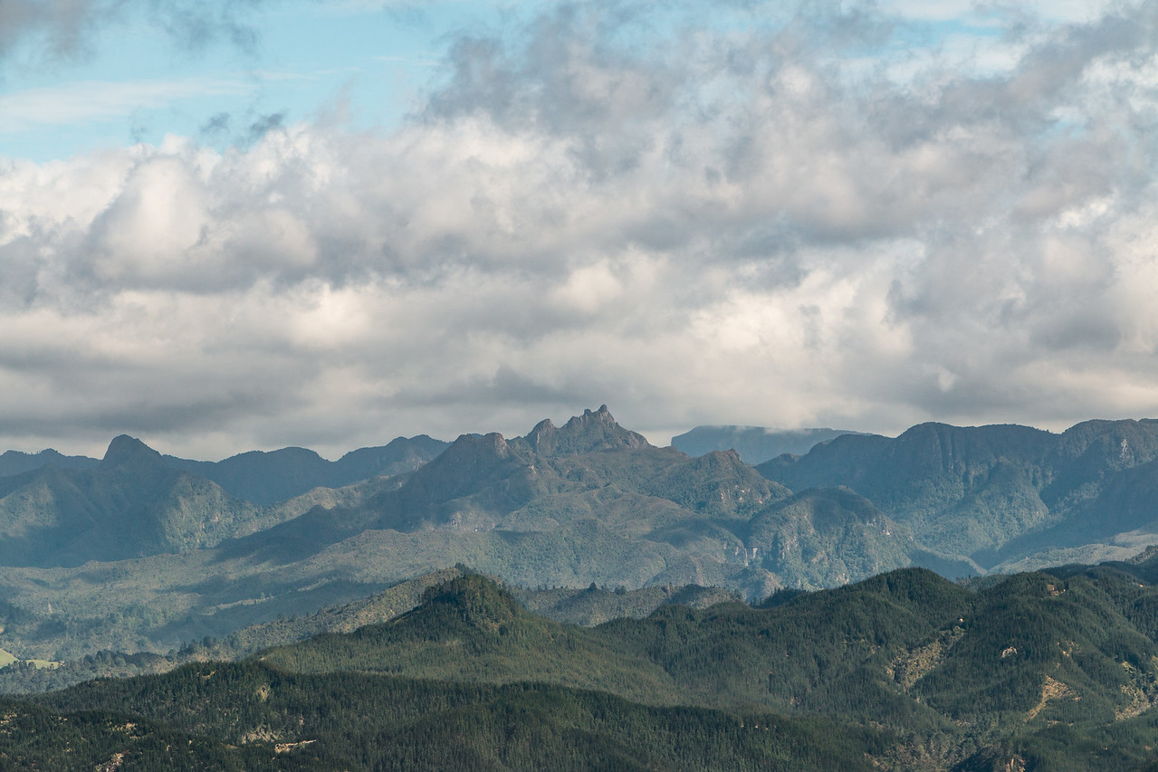 "Volcanic ""Pinnacles"" just inland 5601"