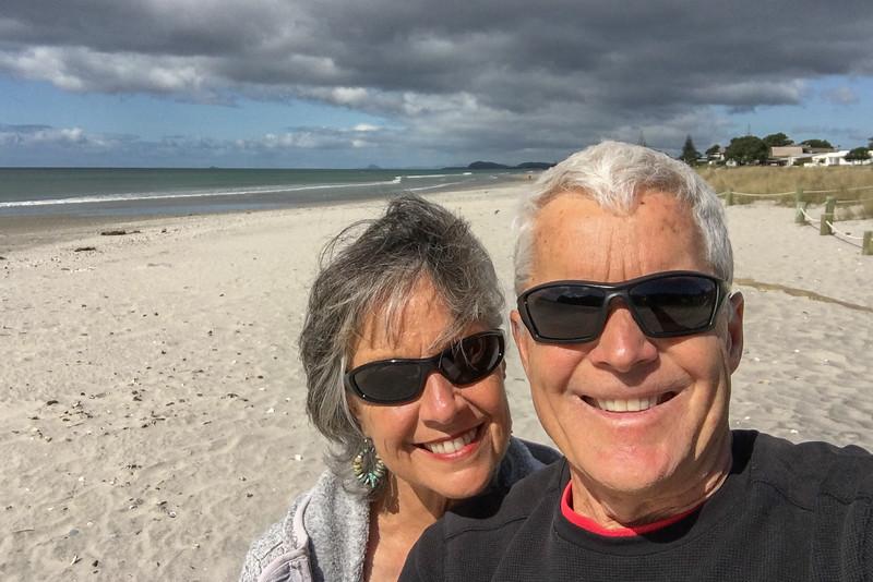 Waihi Beach K&B selfie 6212