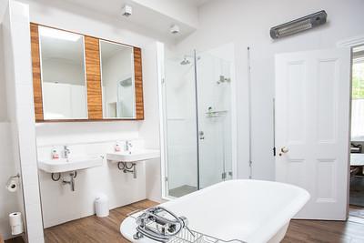 10  Room  1 Shower
