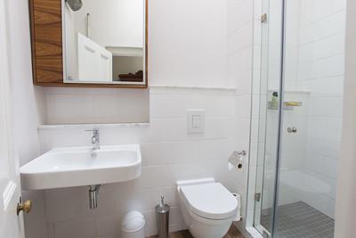 14  Room 2 Bathroom