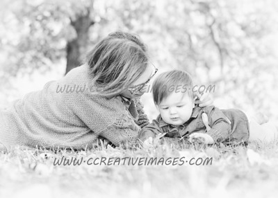 Lakemoor ILL Photographer Family Portraits Sasin 10.2017 Ccreative Images Photography
