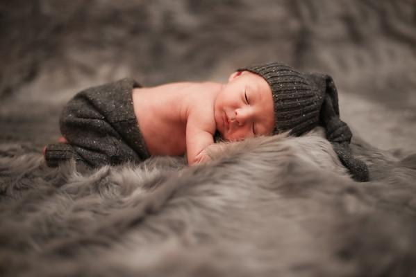 Lee Newborn{Image # (01)»}-13