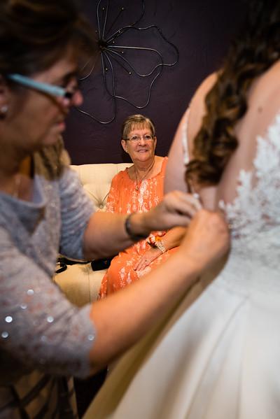 millennial-falls-wedding-815396