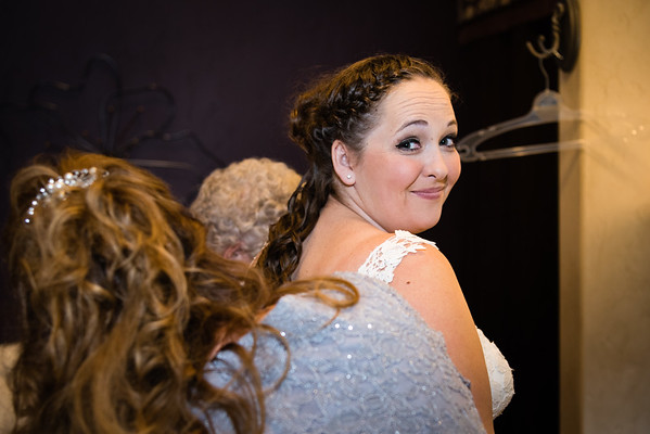 millennial-falls-wedding-815412