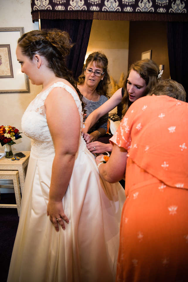 millennial-falls-wedding-815416