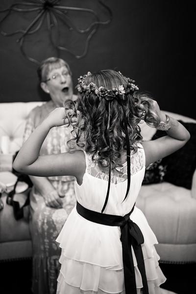 millennial-falls-wedding-815460