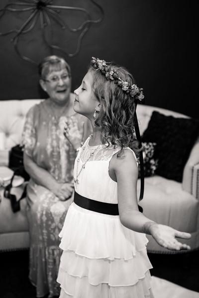 millennial-falls-wedding-815464