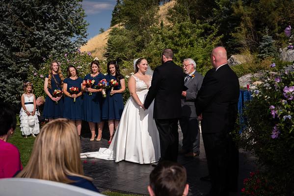 millennial-falls-wedding-815708
