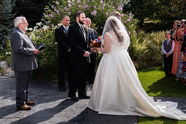 millennial-falls-wedding-815681
