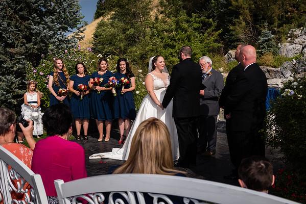 millennial-falls-wedding-815704