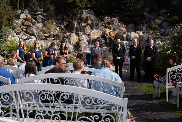 millennial-falls-wedding-815650