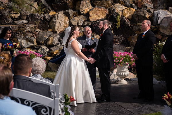 millennial-falls-wedding-815715