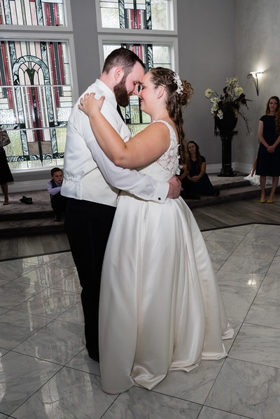 millennial-falls-wedding-816811