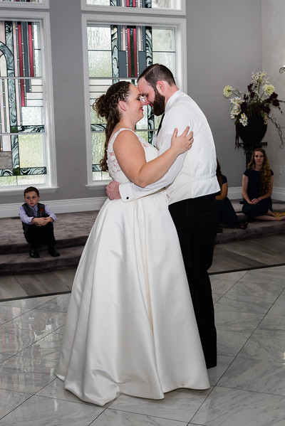millennial-falls-wedding-816842