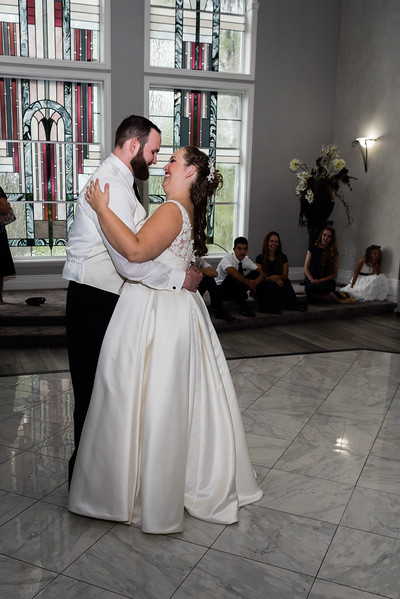 millennial-falls-wedding-816818