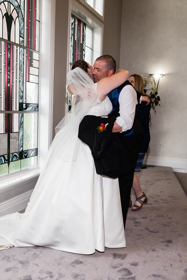 millennial-falls-wedding-816428