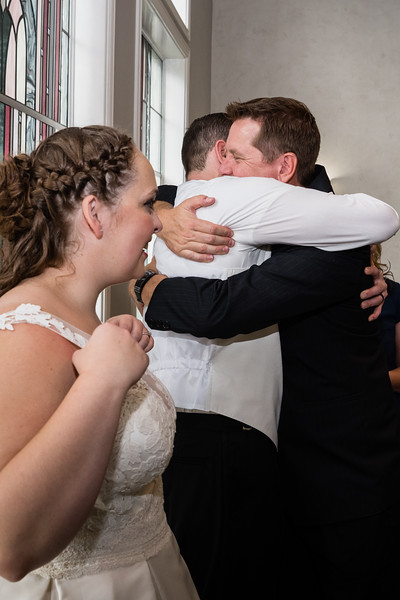 millennial-falls-wedding-816641