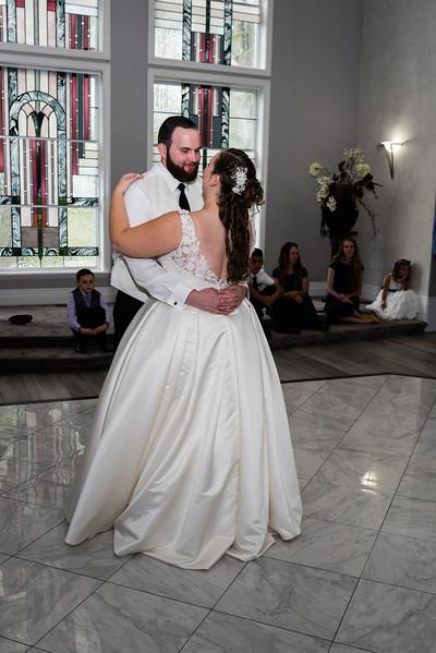 millennial-falls-wedding-816824