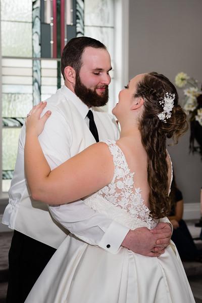 millennial-falls-wedding-816834