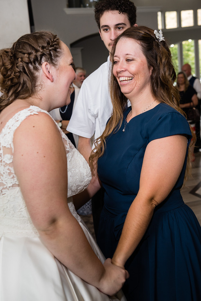 millennial-falls-wedding-816615