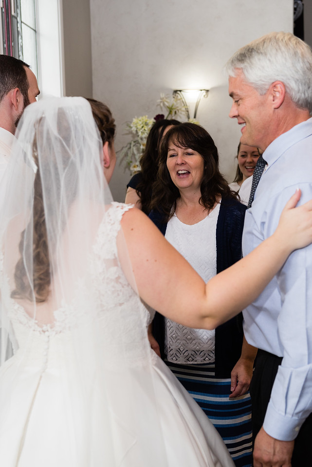 millennial-falls-wedding-816537