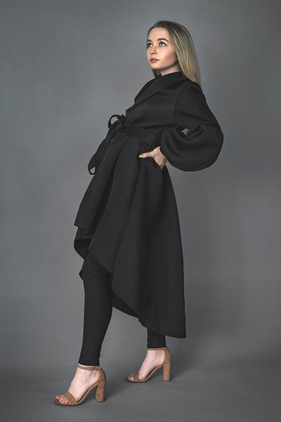 19 12 04_LizFashion-BlackTrenchcoat-2987