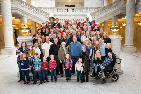family-ut-state-capitol-803089