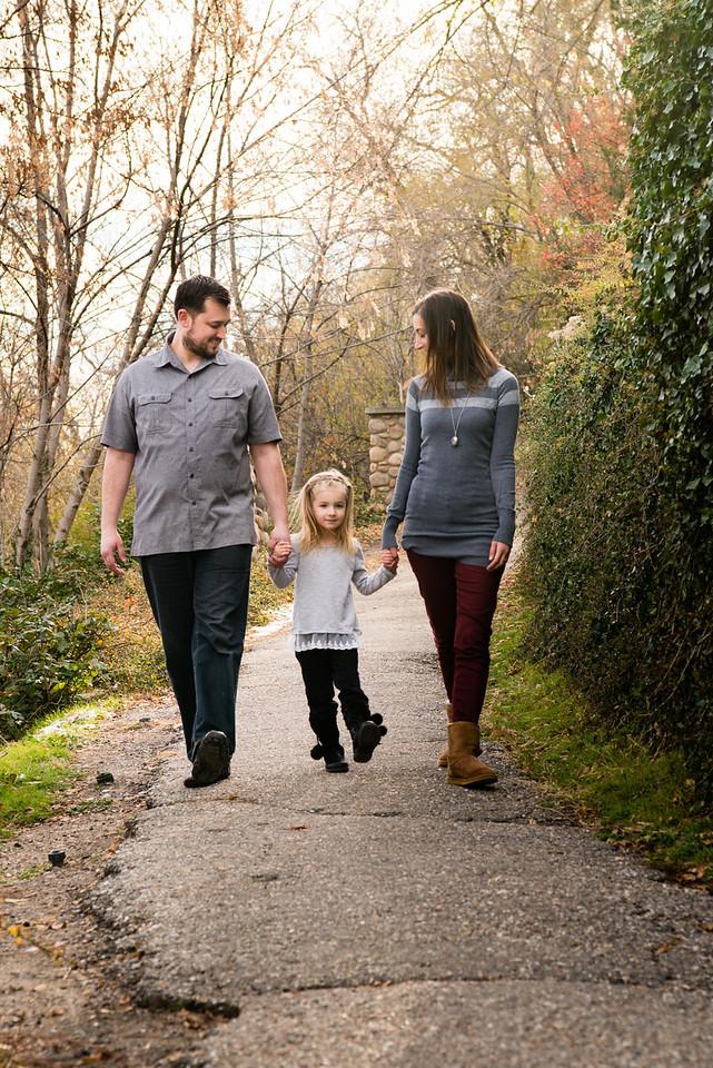 family-ut-state-capitol-803212