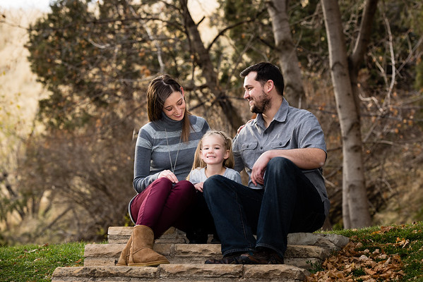 family-ut-state-capitol-813671