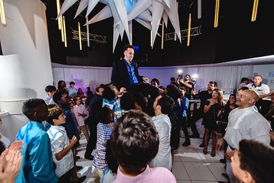 Photo by: VMAstudios (www.vmaphotographystudios.com)