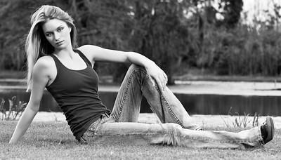 2009_08_KristaModelPortraits_346-Edit-2MM-2