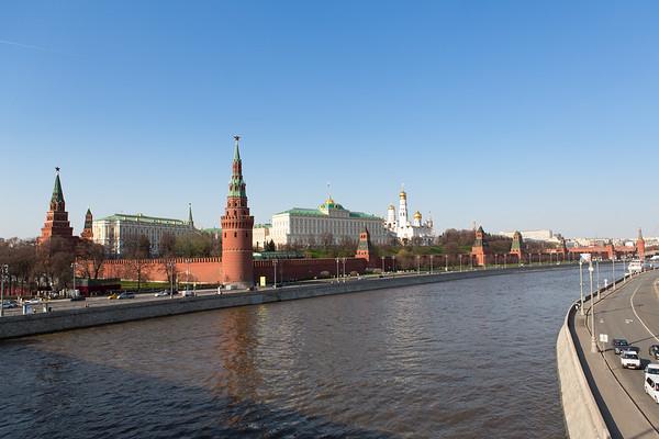 View from Borovitskaya Bridge
