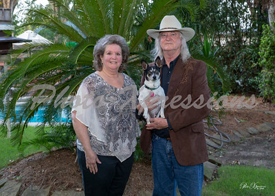 family with dog_5649