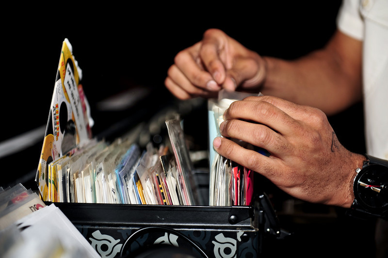 J.Rocc<br /> Stones Throw 45 Live<br /> <br /> <br /> SXSW Stones Throw showcase featuring Madlib, Peanut Butter Wolf, J.Rocc, DJ Rhettmatic, Dam-Funk, Amir & 14kt.