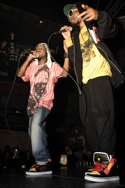 """Del The Funky Homosapien<br /> Oakland, CA<br /> <br /> Telling stories about more innocent misadventures than his hardcore hip-hop counterparts, Del the Funky Homosapien was a precocious 17 year old when he released his first album, I Wish My Brother George Was Here, in 1991 on Elektra. Produced by his cousin, gangsta archetype Ice Cube, the album introduced to the rap world Del's charismatic, sing-along rap style and everyday lyrics that had served him well for years in the Bay Area underground. From his hometown of Oakland, California, Del had been rhyming with his friends known as the Hieroglyphics crew--Casual, A-Plus, Tajai, and the Souls of Mischief--since grade school, shunning the hard gangsta approach in favor of good-time, off-kilter rhyming. """"Del's like the antithesis of the jiggy aesthetic,"""" producer/label executive Dante Ross, who first signed the young rapper to Elektra in 1990 and remained a close friend, told Charles Aaron of Spin. """"But as far as skills, he's up there with anybody.""""<br /> <br /> Video:  <a href=""""http://www.youtube.com/watch?v=_Y5KAZgMUac"""">http://www.youtube.com/watch?v=_Y5KAZgMUac</a>"""